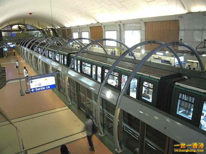 月台閘門 16.jpg