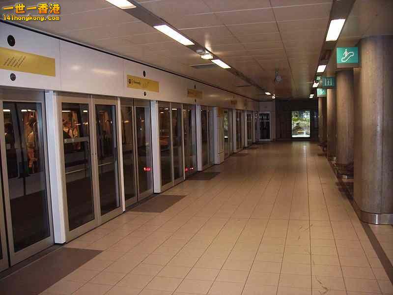 月台閘門 24.jpg